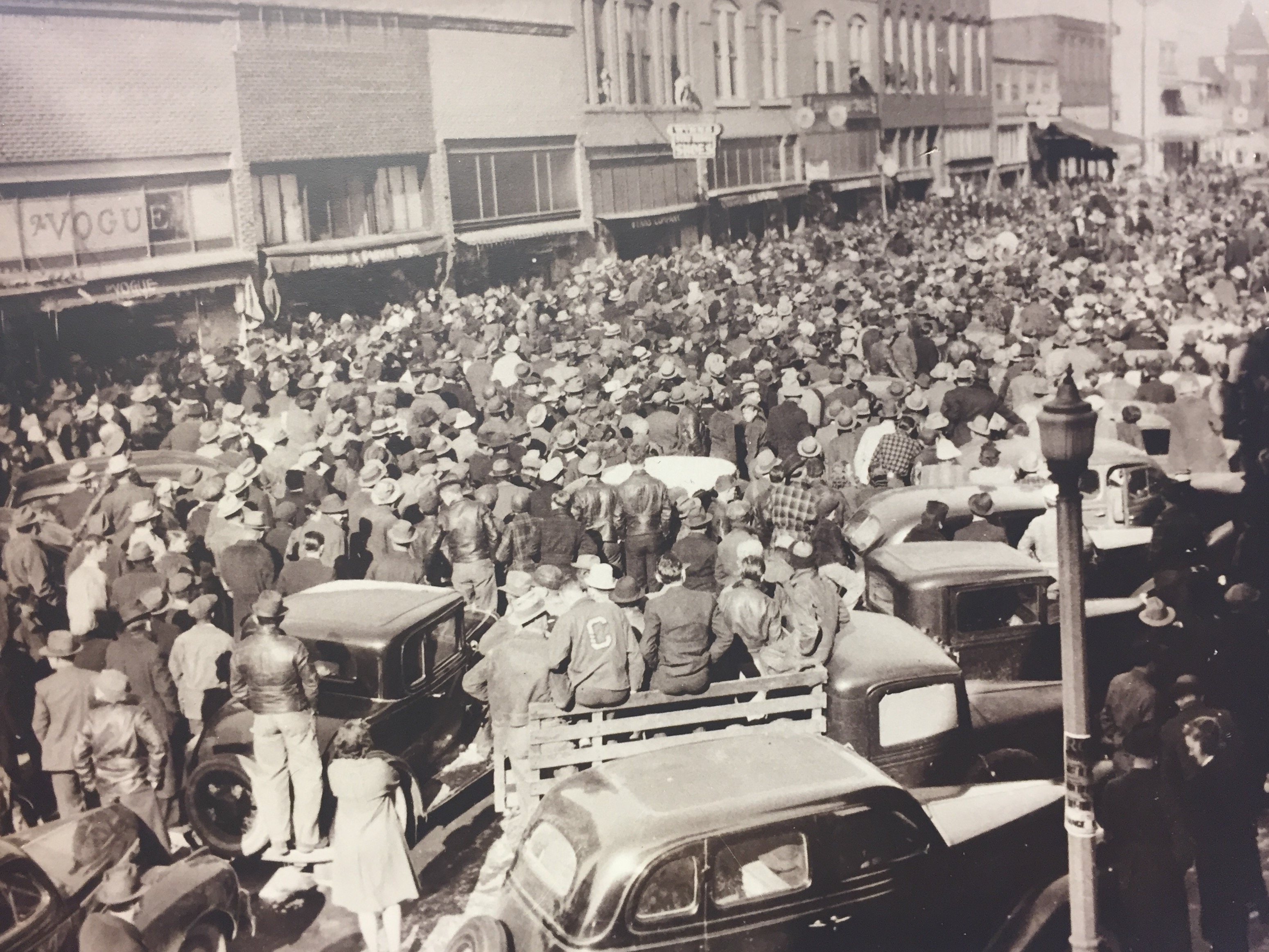 History - Downtown Dickson, Tennessee